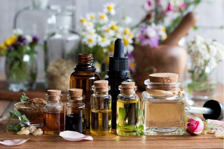 Aromaterapia na terceira idade: quais os benefícios? - Viver a Vida