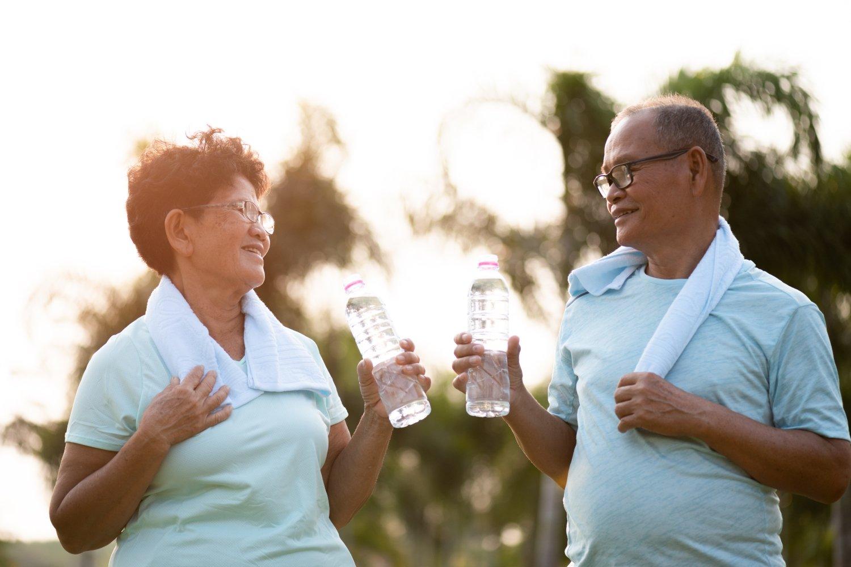 10 mandamentos para envelhecer só na idade - Viver a Vida
