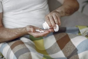Complementação vitamínica depois dos 50 anos é importante? - Viver a Vida