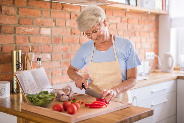 Vovó de 97 anos cria canal de culinária - Viver a Vida